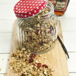 Granola with Almonds, Walnuts, Cranberries and Goji Berries