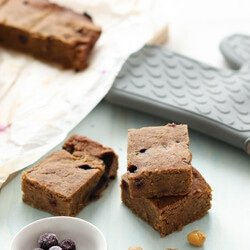 Vegan Blondies with Blueberry