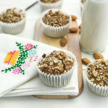 Gluten Free Breakfast Muffins with Almonds and Vanilla flavour